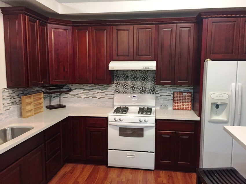 Cherry Finish Square Maple Kitchen Cabinets gallery image .