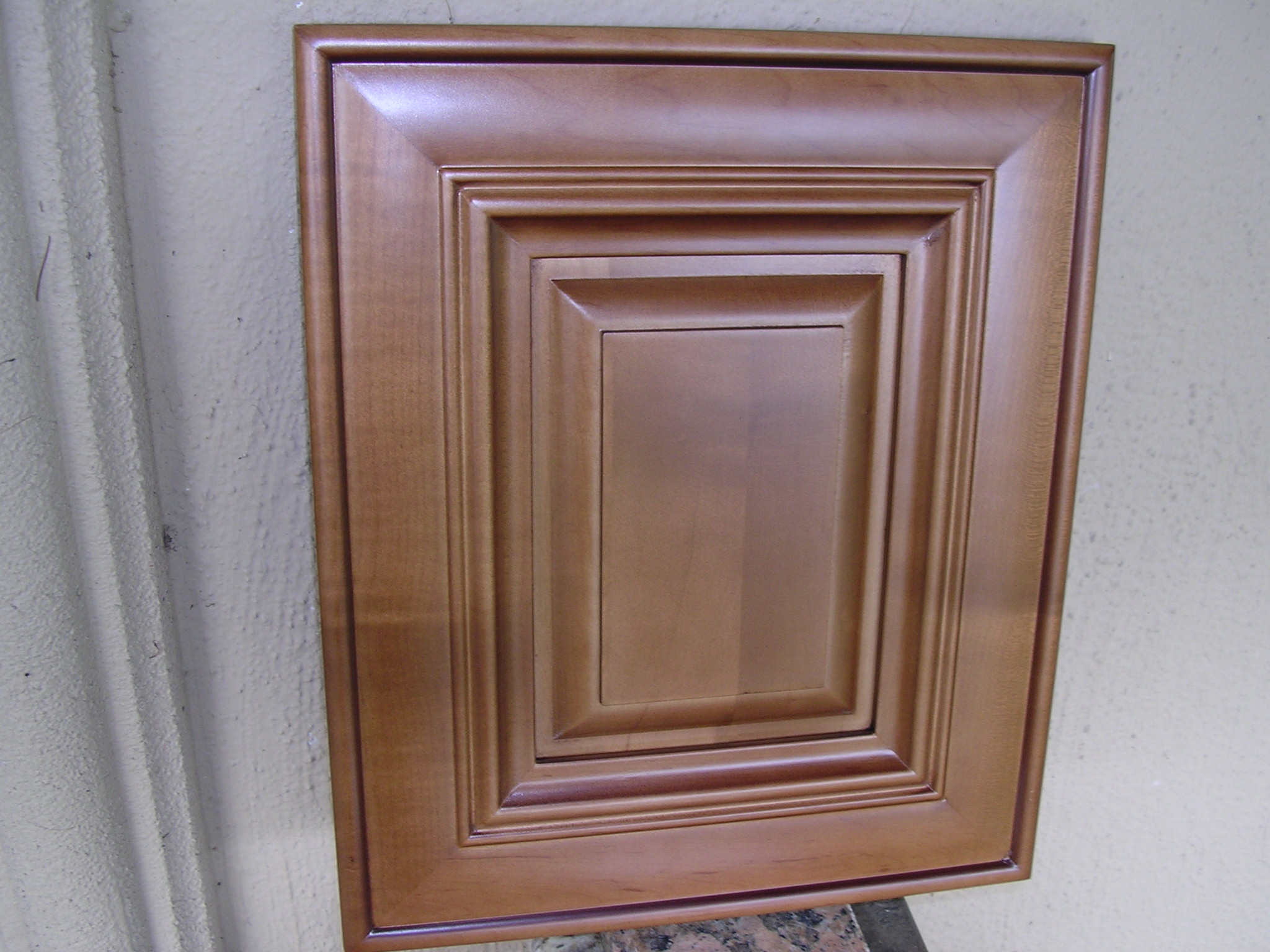 Chocolate Maple Glaze Kitchen Cabinets
