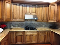 Mocha Glazed Maple Kitchen Cabinets gallery image