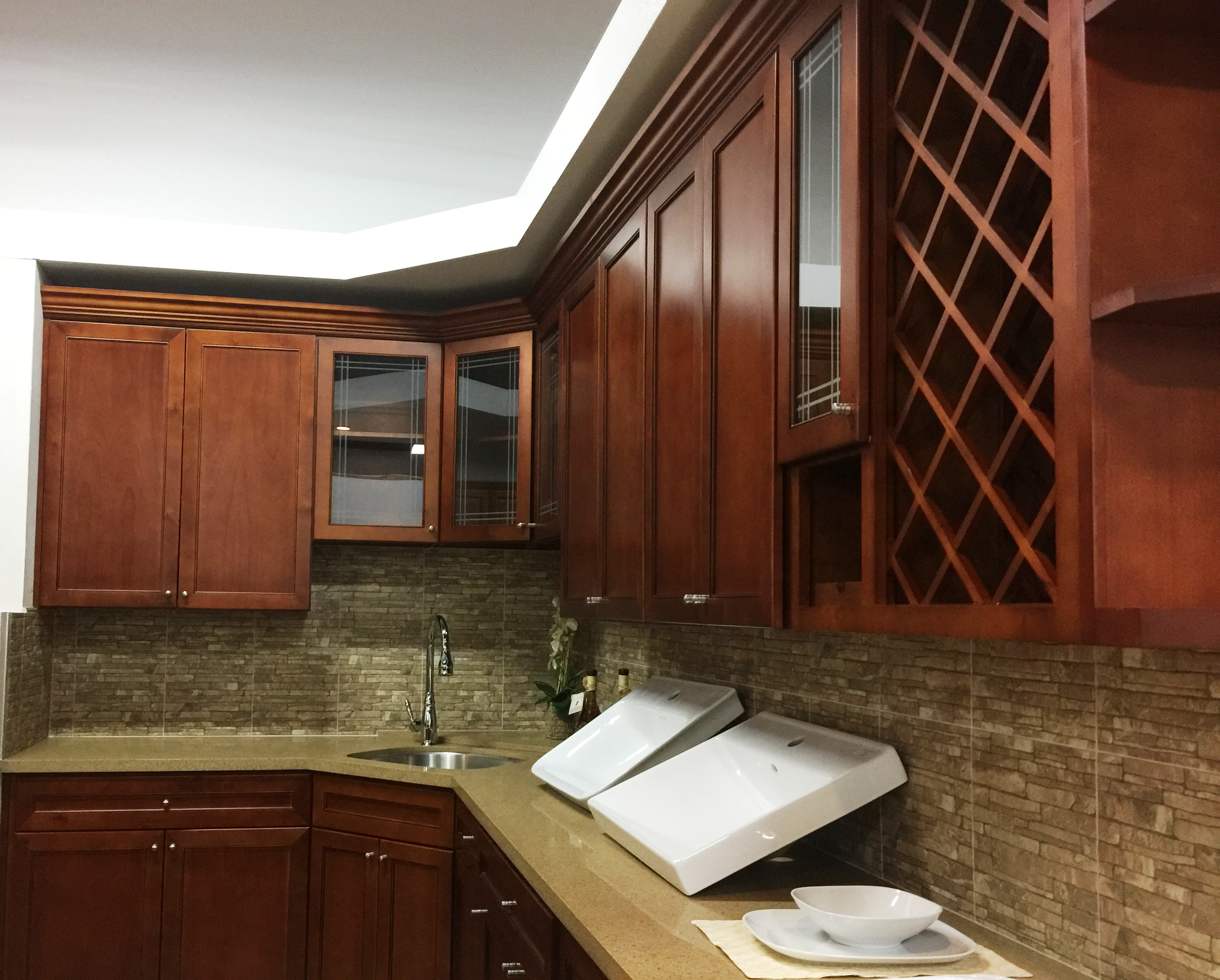 Antic Cherry colored Maple Kitchen Cabinets
