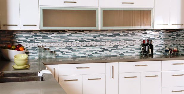 Discontinued High Gloss White Flat Slab Panel Cabinets