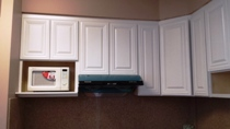 Pure White Popular Hardwood Raised Panel Kitchen Cabinets gallery image