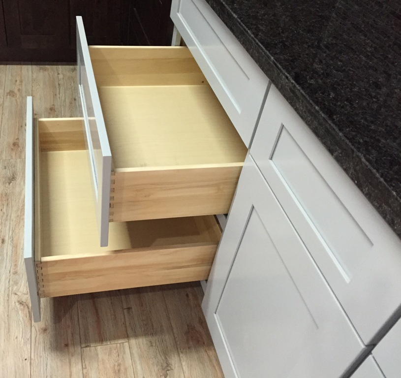 3Q Grey Maple Shaker Cabinets, dovetail drawers with soft close slides