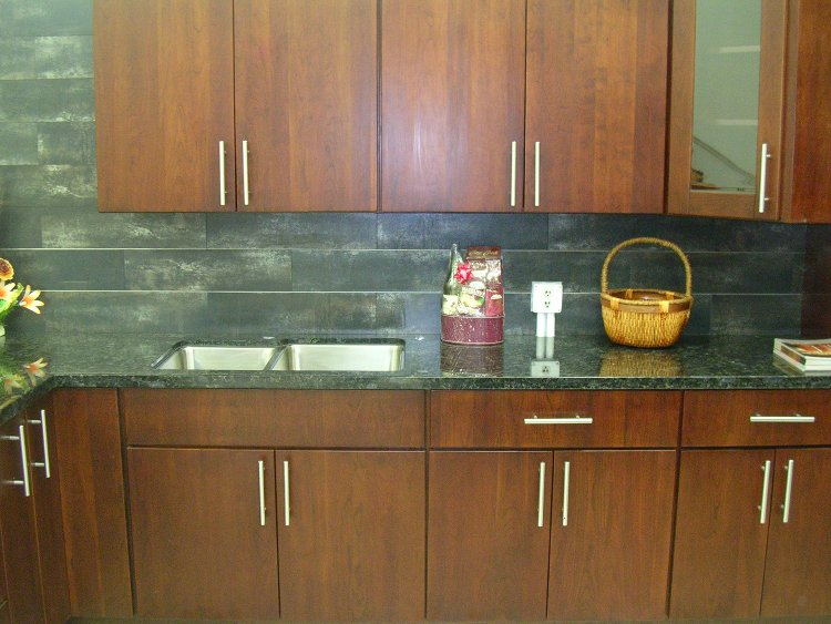 Cherry Slab Door Kitchen Cabinets M14 Gallery Image