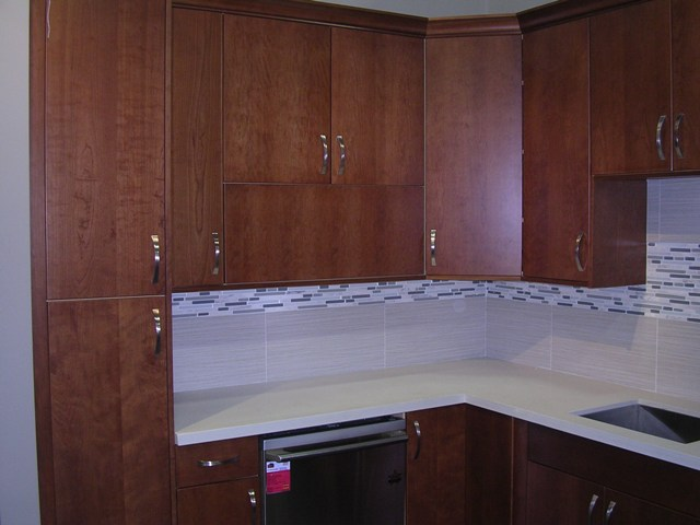 Kitchen cabinets full extension drawers - Natural Cherry Flat Panel Kitchen Cabinets