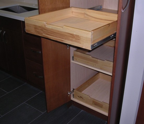 Discontinued Kitchen Cabinets: DISCONTINUED 2019-Natural Cherry Flat Panel Kitchen Cabinets
