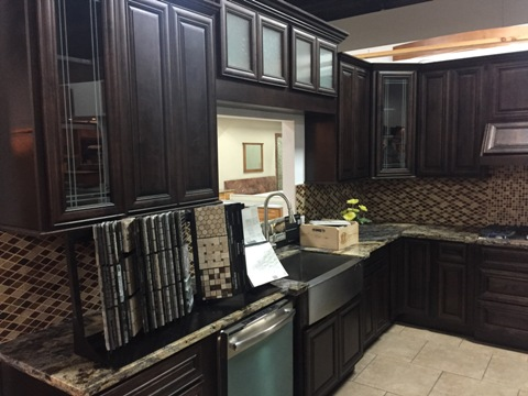 2F Chestnut Maple Glaze Kitchen Cabinets, full overlay doors, dovetail drawers